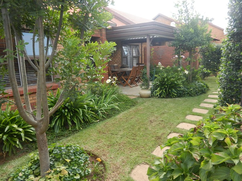 18 Properties and Homes For Sale in Willow Park Manor, Pretoria