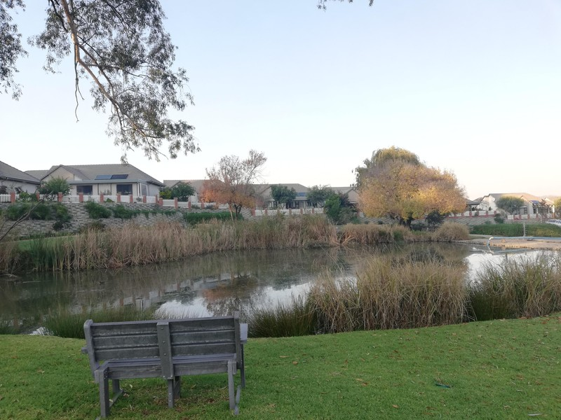 2 Properties and Homes To Let in Douglasdale, Sandton